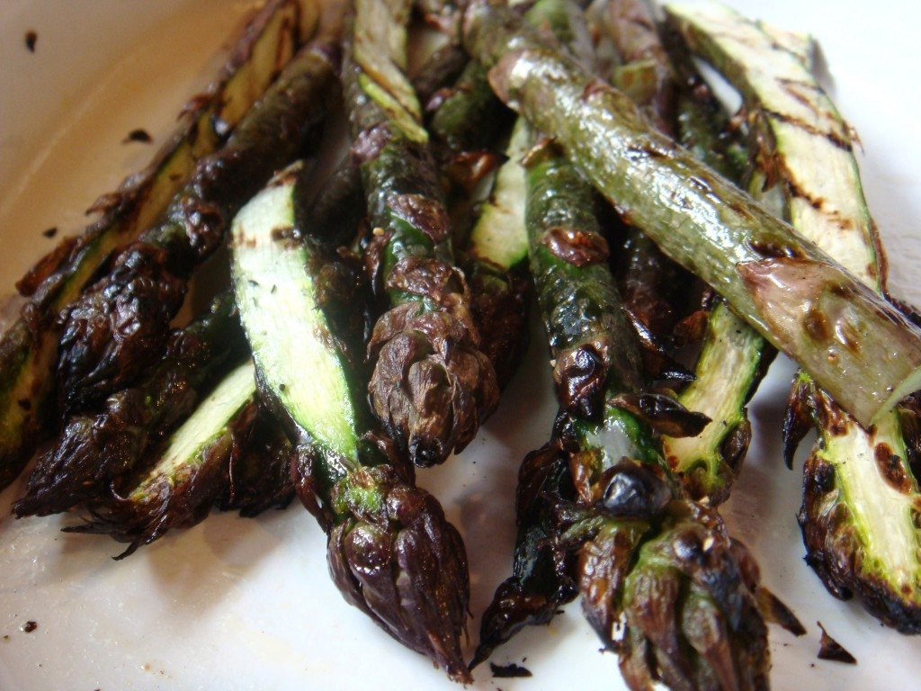 092 1024x768 Grilled Purple Asparagus with Dill Sauce